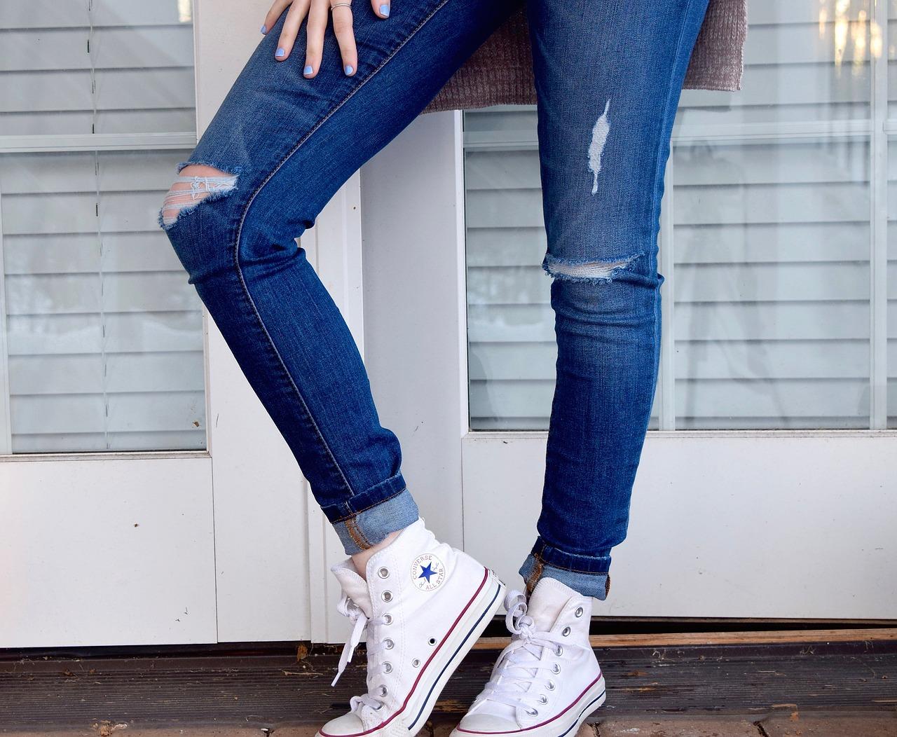 destroyed-jeans-1